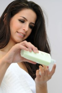 Does Oily Skin Need A Moisturizer? By Lavish Skin - Call Us On 03 5762 8404
