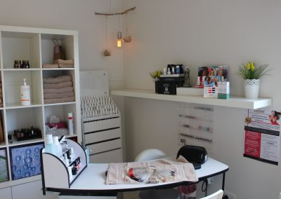 Nail treatment station - Lavish Skin Therapy Clinic-beauty salon Benalla 03 5762 8404